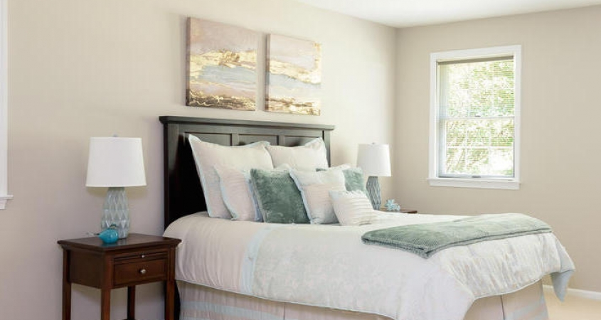 Vacant Home Staging Master Bedroom www.Organized-by-Design.biz