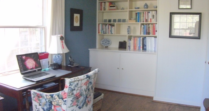 Organized Home Office with Built-in Bookcase
